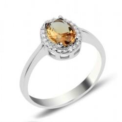 Žiedas su ovaliu sultanitu...