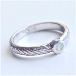 Sidabrinis žiedas su opalo...