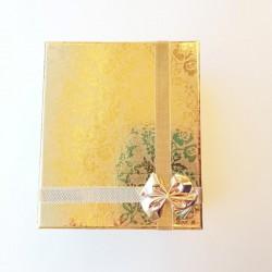 Auksinės spalvos blizgi...