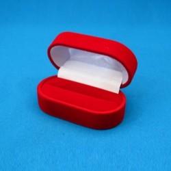 Ovali aksominė dovanų dėžutė