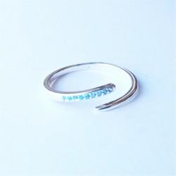 Sidabrinis žiedas su žydru...